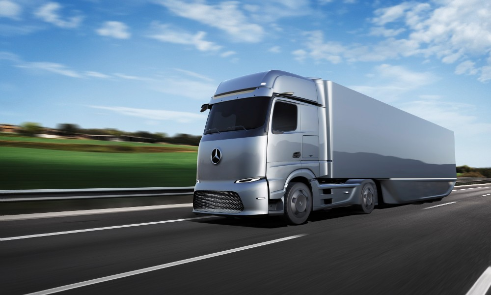 camion elettrico Mercedes.jpg