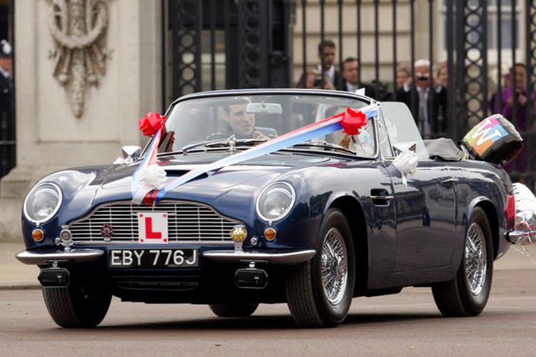 Royal-Wedding-Aston-Martin-DB6-Volante-MKII-1-830x450.jpg